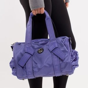 Lululemon DTB Mini Duffel Persian Purple 🍋